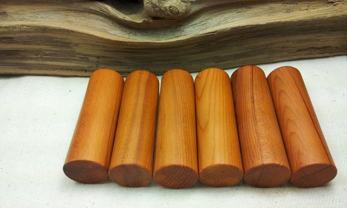 Taiwan yew wood round seal (six points)