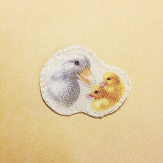 JOJA│ madman ranch: duck with ducklings [printing pin]