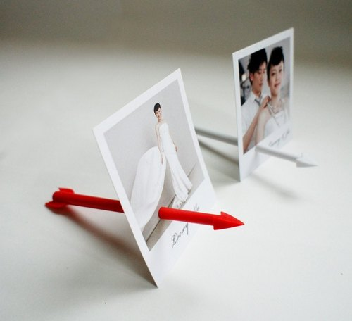 [I / D design] Cupid Double Arrow (white + red)