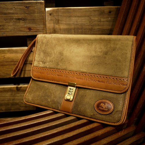 Skarn Shika // Vintage bag Flungo style suede surface holding a briefcase {A5-016}
