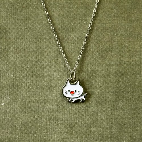 P714 illustration necklace _ small white