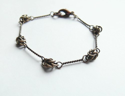 Wreath / bronze bracelets