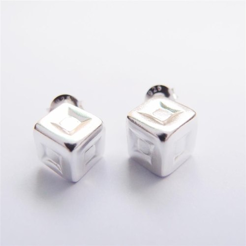 Square space 925 sterling silver earrings --- A section