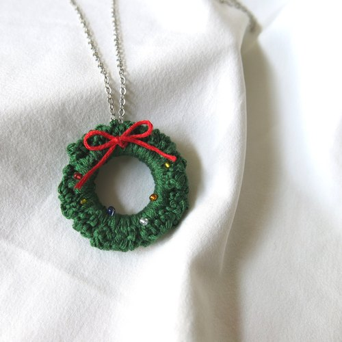 Handmade Christmas Circle Necklace
