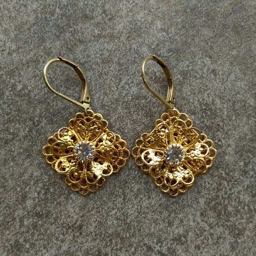 Antique lace crystal earrings