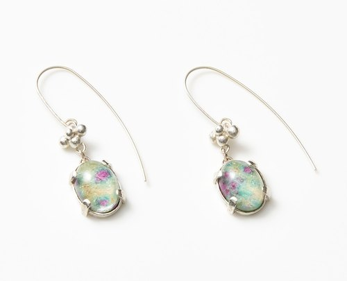 Water surface of earrings