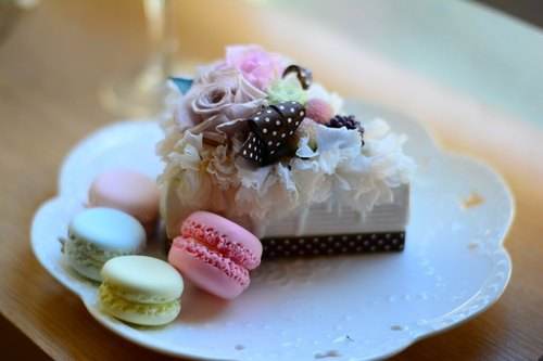 Small cake Preserved flower gift