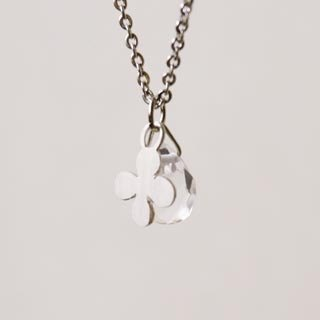 White Clover Crystal Silver Necklace