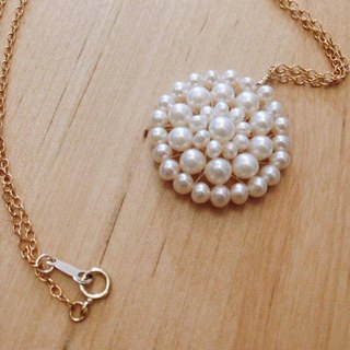 Necklace - romantic necklace with freshwater pearl and 14 KGF / LaceN 01