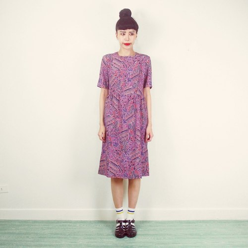 Purple short-sleeved chiffon vintage dress