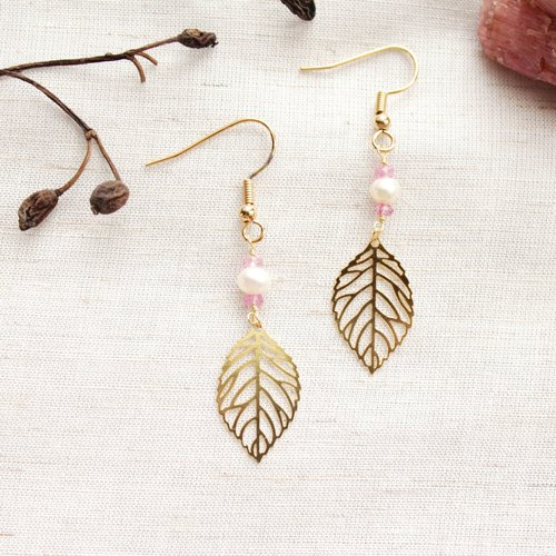 【OCTOBER 10-birthstone-Pink Tourmaline 】 leaves hanging earrings (Customizable clip-on)
