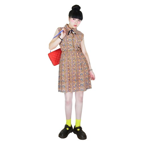 A‧PRANK: DOLLY :: VINTAGE retro with Nippon Continental carved flower pattern Modified vintage sleeveless mini dress