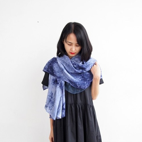 Retro dark blue tie-dyed cotton oversized scarf shawl shawl