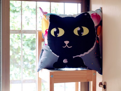 """NONCOOL‧ Cool farmers"" to hold a small black cat pillow 45X45cm"
