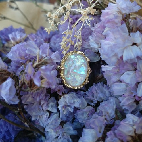 vintage style. Opal Gem x retro sense Ring station (Bright White)