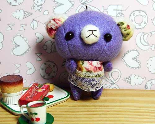 "Cheerful. Hand-stitched ""Happy Bear _ elegant purple Q"" mobile phone strap / key ring (free sewing name)"