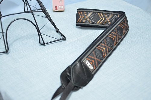 Orange Link decompression strap camera strap 乌克丽丽吉 his push bike Camera Strap