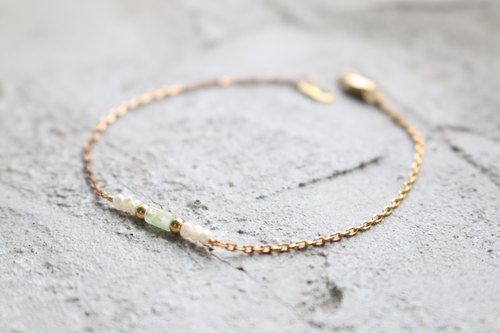 <☞ HAND IN HAND ☜> jade - a small tube burn brass bracelet (0265)