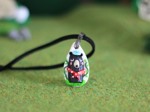 Painter Bear polymer clay Necklace _ black bear polymer clay pendant, woodland animals necklace, one-of-a-kind necklace