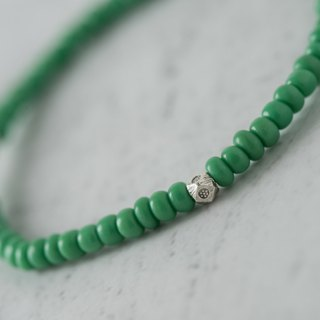 [Woody'sHandmade] Earth. Army green colored glass bracelets. Section b. Alloy beads