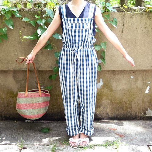 (Matti Kuo reservation) BajuTua / vintage / blue and white squares waisted pants suspenders