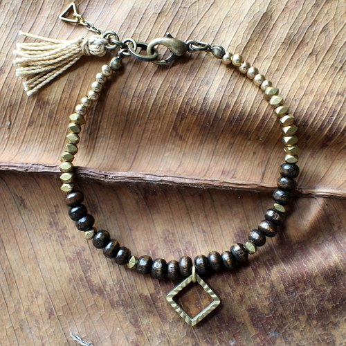 Muse natural wind series NO.5 dark coffee Muzhu square brass bracelet pendant