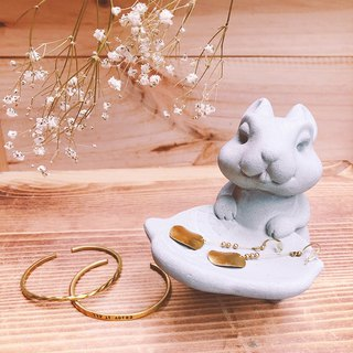Squirrel / Jewelry dish / Soap dish