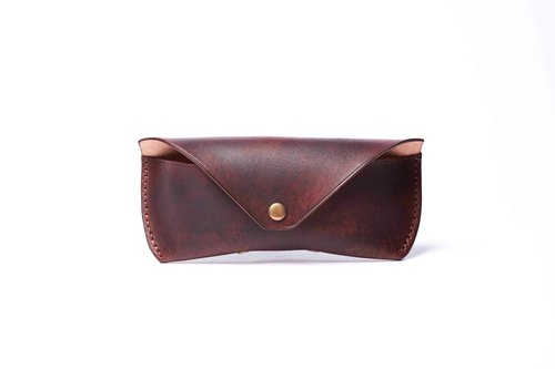 HIKER Leather Studio //  Glasses case_Deep brown color