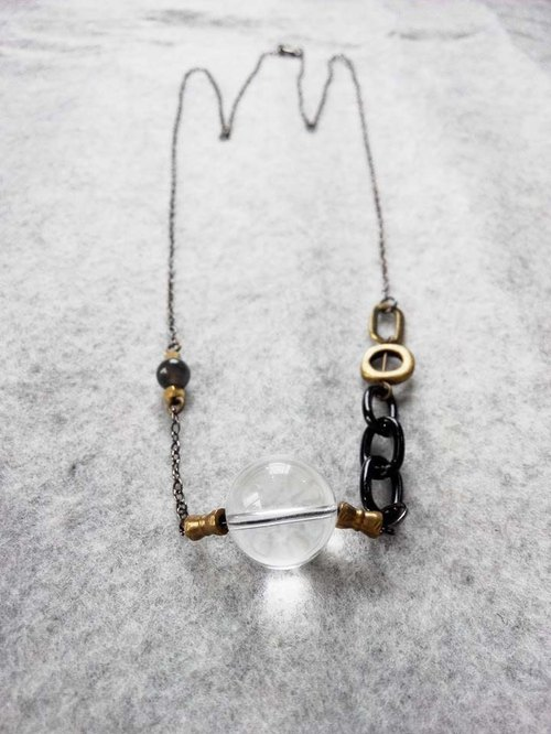 'Dark shine' | White crystals | ice kind of obsidian | brass | natural stone | Crystal | Necklace
