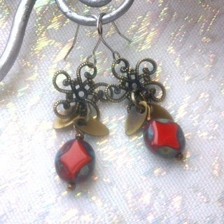 Motif antique beads handmade earrings - Rose