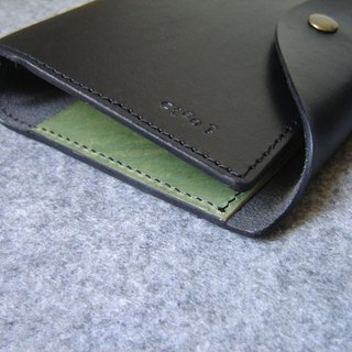 Handmade leather leather loose-leaf notebook cover curved buckle A6-Size Black + personalized hand-dyed with green color