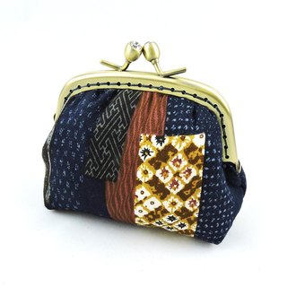 Collage air bag purse gold