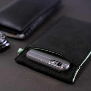 Ob2【BLACK X COBALT GREEN】 Cleaning-Fiber cell phone pouch