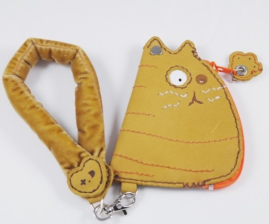 Small yellow cat zero purse hand-sewn 131214