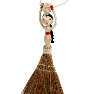 Earth tree fair trade fair trade -- Mabian woman mention bucket small broom