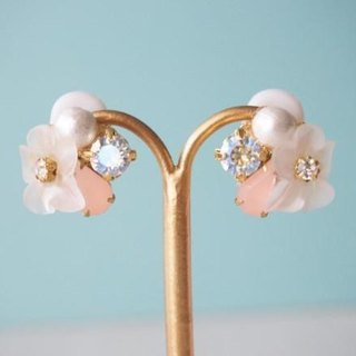 [14kgf] clear flower earrings / earrings (pink)