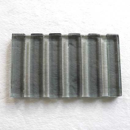 寬直紋琉璃皂盤(灰)