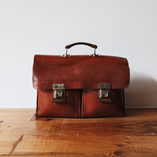 Rolling on [vintage] BD-0390 coffee orange embossed leather briefcase