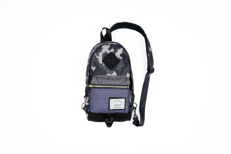 Matchwood design Matchwood Infantry pig nose shoulder backpack Messenger bag  side back chest chest deep camouflage da9ddbe5b35ad
