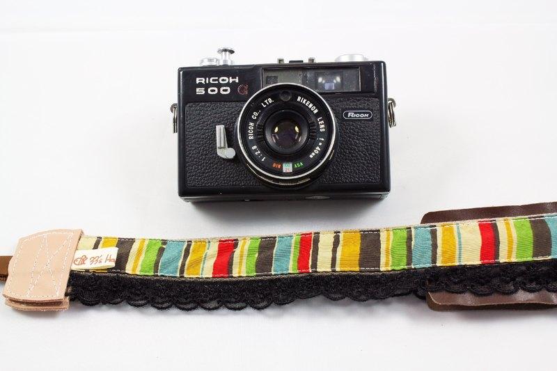 手作單眼.類單眼減壓相機背帶.相機背繩---黑蕾絲彩虹直條款