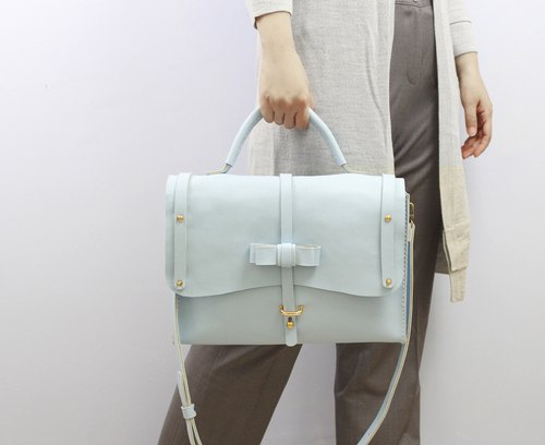 Zemoneni Leather Hand bag and shoulder bag Working bag in Light blue color