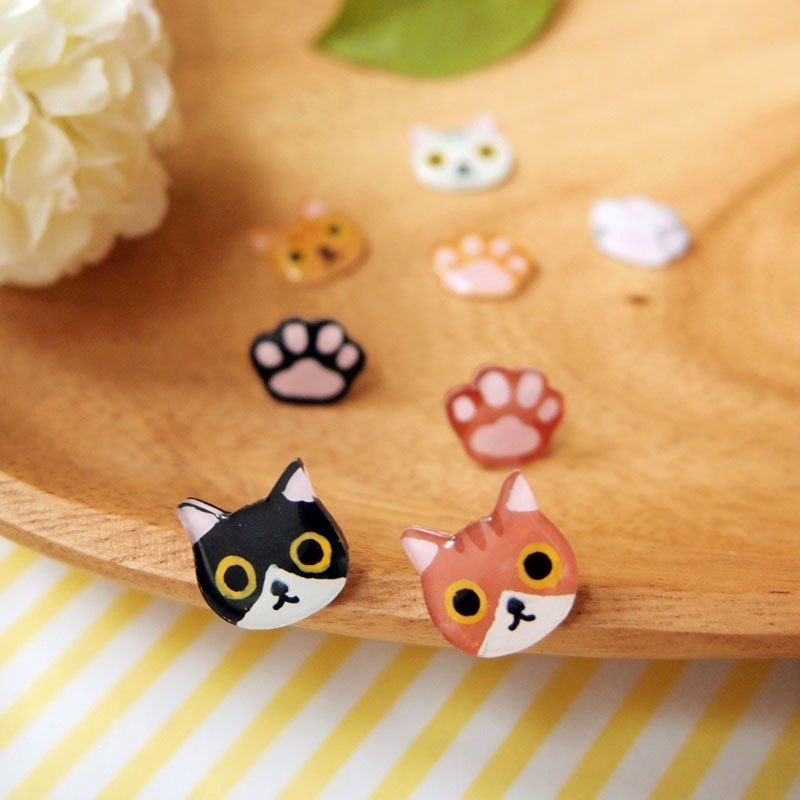 Meow lovely cat and paw earrings