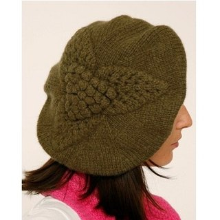 Olives Virgin Wool Leaf Beret