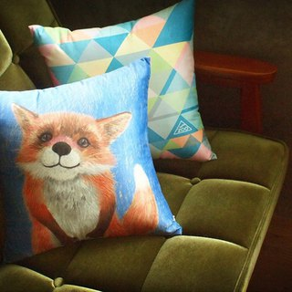 / Animal friends / small fox discuss peace of afternoon hug pillow square pillow containing