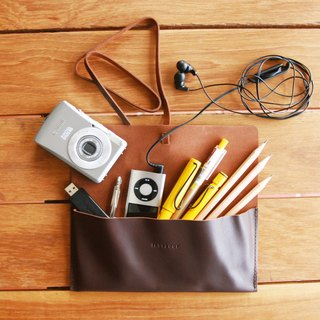 labrador leather pencil case M
