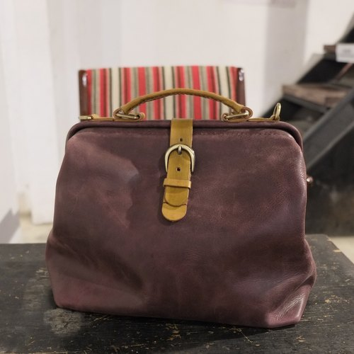 Lovey leather small objects / retro female doctor bag - Porter gem Putao Zi cow leather 27 cm