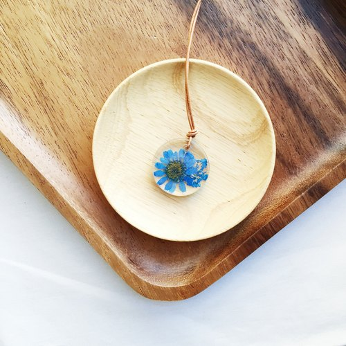 |: S1-015 Pressed Flower Necklace: |
