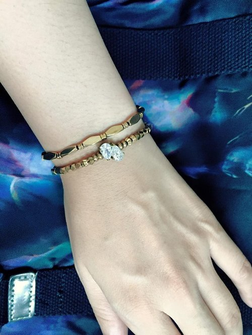 Fuchia ~ angel tears ~ brass zircon bracelet