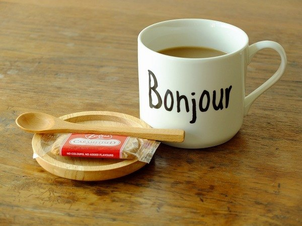 Nippon IZAWA Vivre Japanese yen gas mug with a wooden lid attached more loudly greet Bonjour Bonjour * is encouraged by their own good way to start a new day!