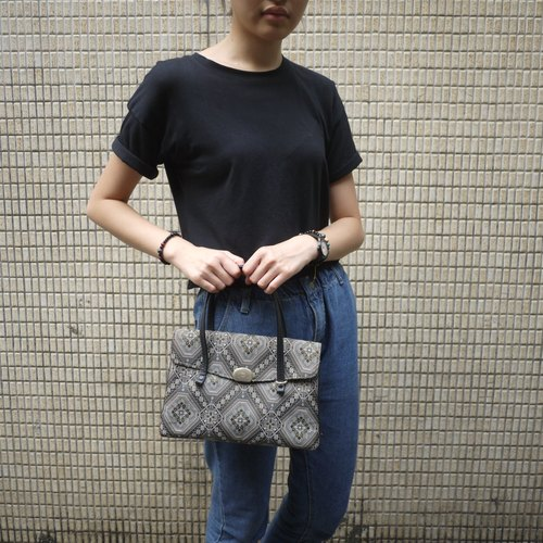 Skarn Shika // Vintage bag retro portable cloth pattern {A2-021}